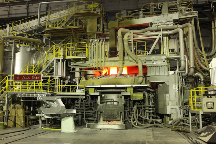 60T電気炉